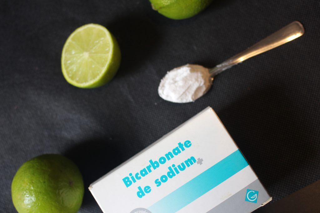 citron bicarbonate cuillère