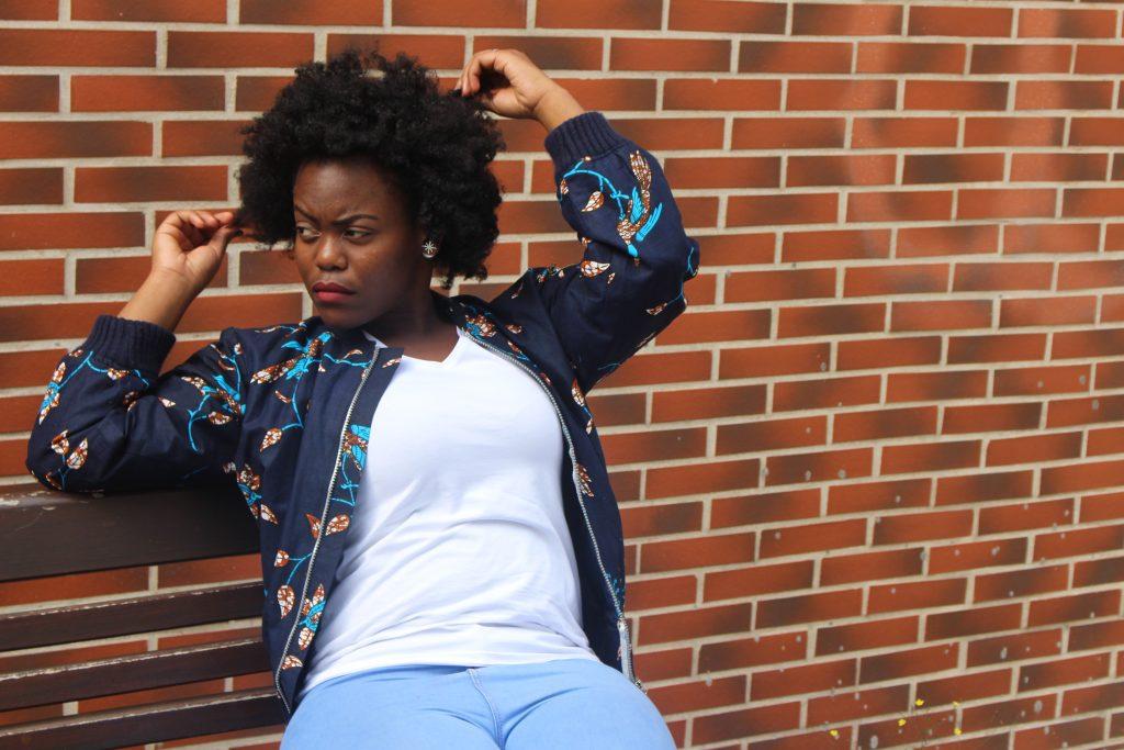 femme noire bomber